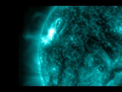 Big Solar Eruption, Volcano, Climate | S0 News February 10, 2015