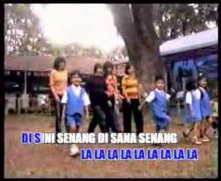 download lagu Disini Senang Disana Senang - N.N Lagu A gratis