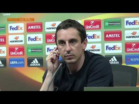 Gary Neville's press conference before Athletic (ENGLISH VERSION)