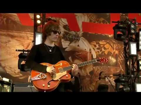 KASABIAN   --   Fire   [[  Official   Live  Video  ]]  At  Glastonbury HD