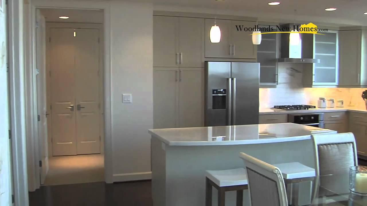 E Houston Apartments