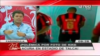 Polémica por fotografía de Kike Acuña en estadio de Talca