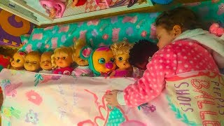 Ten in a Bed ~ Roll over song ~ Fun Songs for Children / Дети не хотят спать