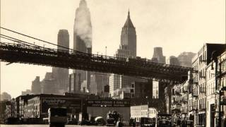 Watch Frank Sinatra The Brooklyn Bridge video