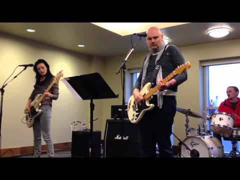 Smashing Pumpkins Mayonaise Live in a Conference Room