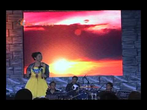 Dira Sugandi and  Ivan Nestorman at Concert for Komodo Part 1