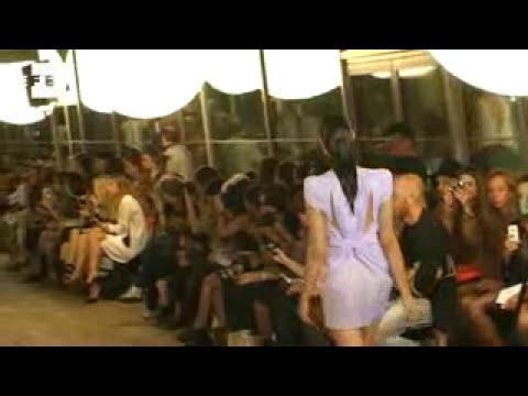 Amaya Arzuaga presenta su nueva colección en la Semana de la Moda de París