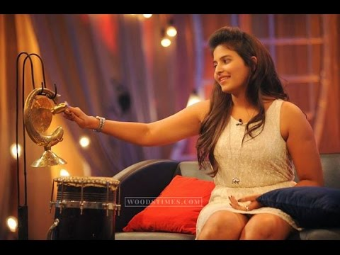 Actress Anjali Latest Cute Hot White Mini Skirt Dress Spicy Thighs Show Photos Gallery
