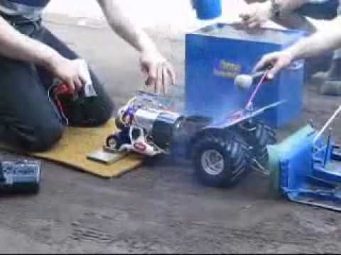 RC Tractor Pulling CRASH A Remote Control Tractor Pulling A Trailer