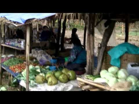 Market Days on Inle Lake, Myanmar.wmv