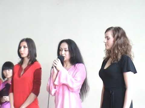 Russian Girls student of the Pashto Language