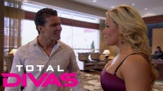 Tyson Kidd ruins Natalya's birthday dinner plans: Total Divas, Aug. 25, 2013