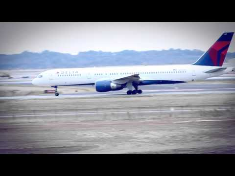 Delta Airlines 757-200 Taking Off Nashville International Airport