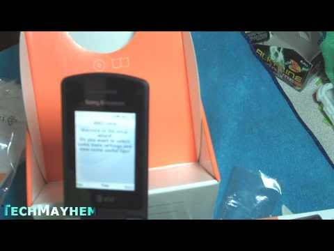Sony Ericsson W518A Unboxing