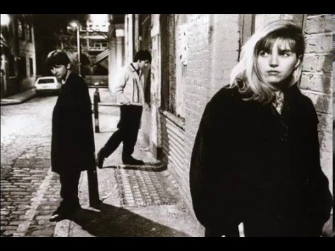 Saint Etienne - I Was Born On Christmas Day