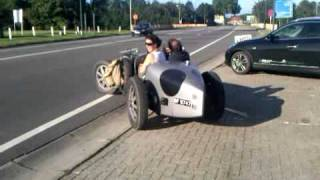 Real Bugatti Type 35! Acceleration with lovely sound!