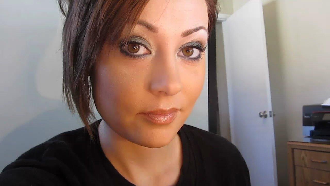 Me color verdadero maquillaje Tutorial Auburn pelo y de color marrón verdoso Ojos