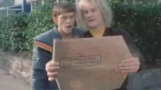 Dumb and Dumberer When Harry Met Lloyd Trailer