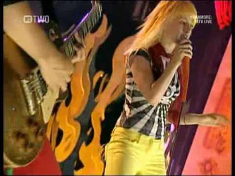 Paramore - Misery Business (Live Hard Rock Café, New York 2007)