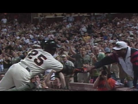 ARI@SF: Bonds passes Williams, McCovey on homer list