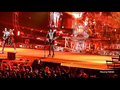 HD KISS Live in Friends Arena Stockholm 2013 + Gene at Hard Rock Cafe Stockholm