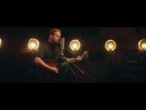 Gavin James - Hard To Do (Live at The Church Studios)