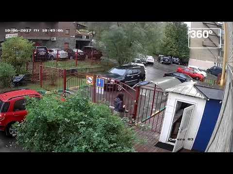 Пенсионер из Красногорска устроил 4 ДТП за 20 секунд во дворе