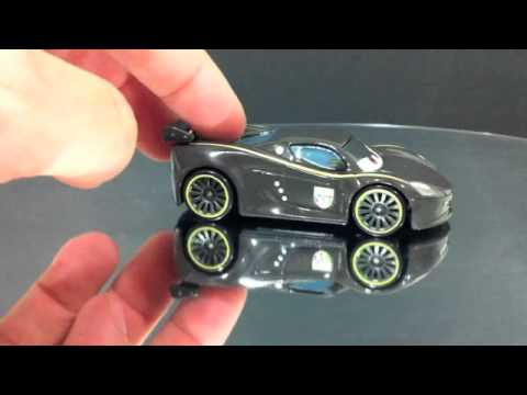 Cars 2 Marco Lewis Hamilton juguete miniatura Mattel