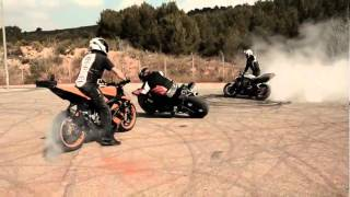 Restricted Area - Drifting Motorcycles Crossing - Switch Riders Gymkhana.flv