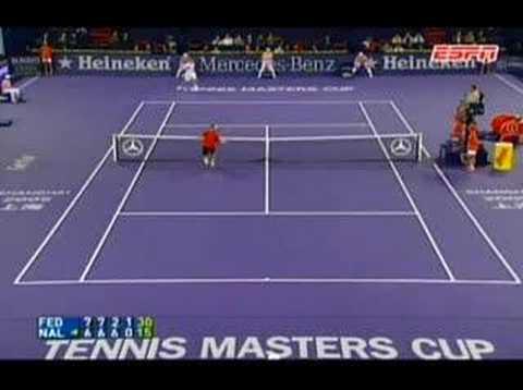 David Nalbandian stops Roger Federer