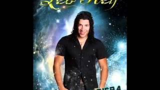 Watch Leo Rey Te Sigo Amando video
