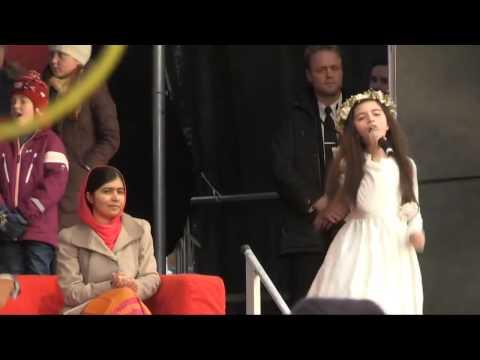 Angelina Jordan sings What A Wonderful World