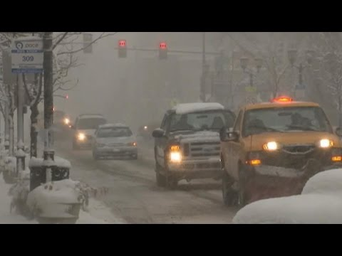 Massive winter storm slams Midwest, Northeast