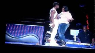 OMG TOUR PICK ME Watch Big Girl Get It Get It with USHER