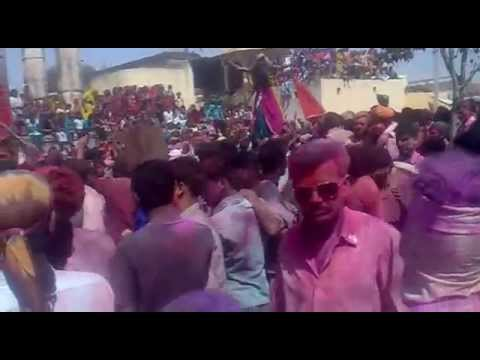 Famous Rajasthani Holi Dhamal video