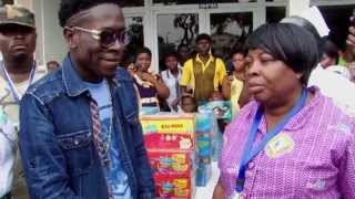 shatta wale visits Korle BU Teaching Hospital children's Ward