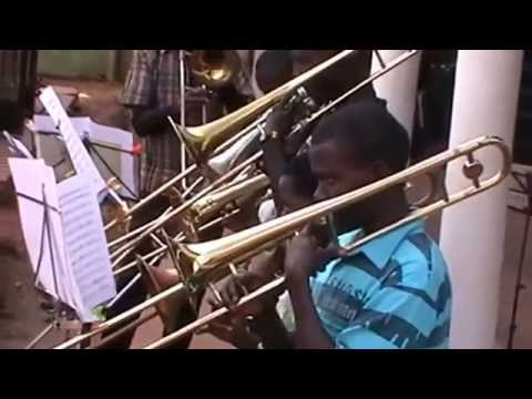 Mbale Schools Band plays march - Florentiner