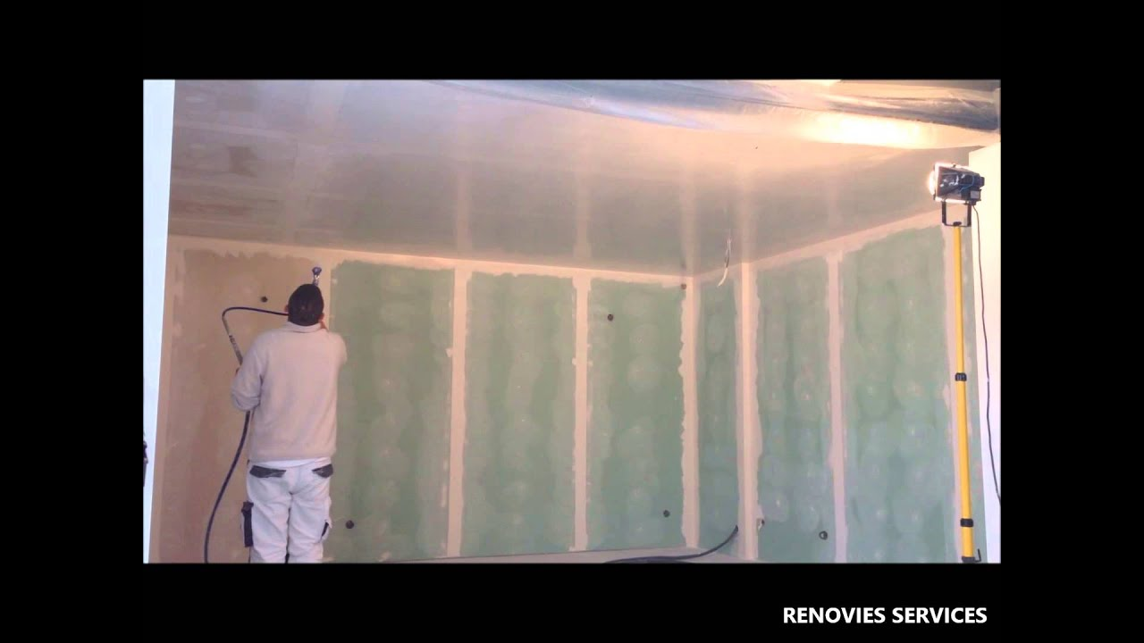comment enduire un plafond de 25m en 6 minutes renovies services youtube. Black Bedroom Furniture Sets. Home Design Ideas