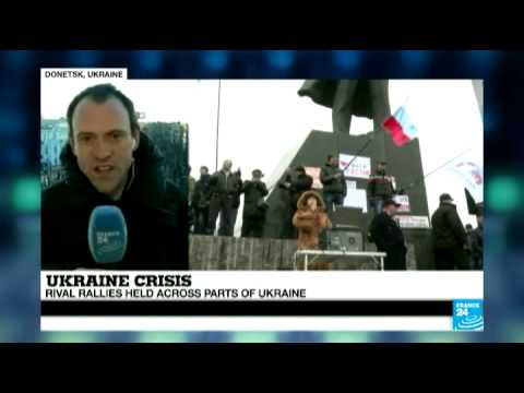 Crimea: rival rallies held across parts of Ukraine