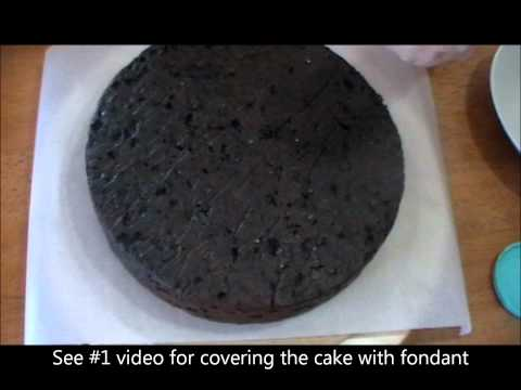 #10 - PREPARING CAKE BEFORE ICING WITH FONDANT - VIDEO TUTORIAL