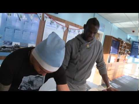 TEVEZ TEACHES BALOTELLI | Advent Calendar | December 9