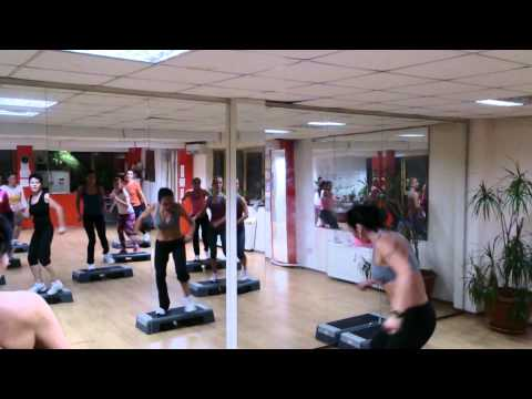 Step Aerobic Cu Mihaela La Tim Gym 02.10.2013 video