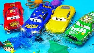 Disney cars runs on the water. Lightning McQueen car play
