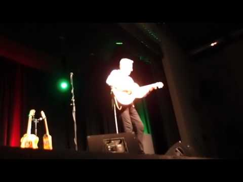 Tommy Emmanuel - Wonderful Baby