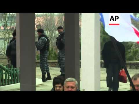 Head of Crimea's government Aksyonov comments after casting vote