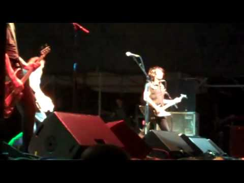 Ace Frehley Cold Gin Pittsburgh 6 17 2011.mp4