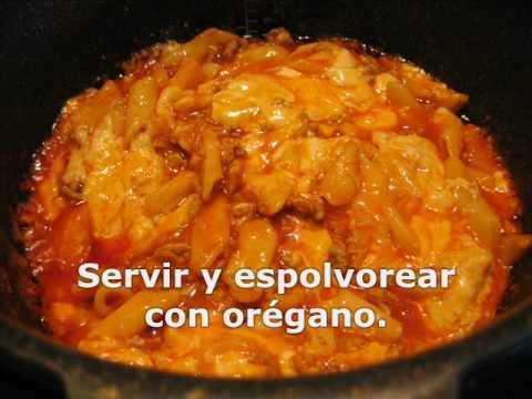 macarrones con carne, tomate y queso