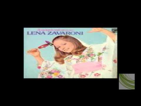 Lena Zavaroni – Take me home country roads