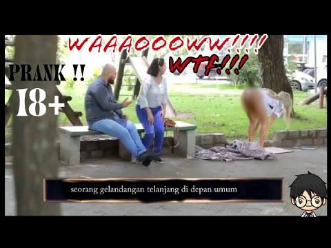 GILA !!Cewek telanjang di depan umum !!