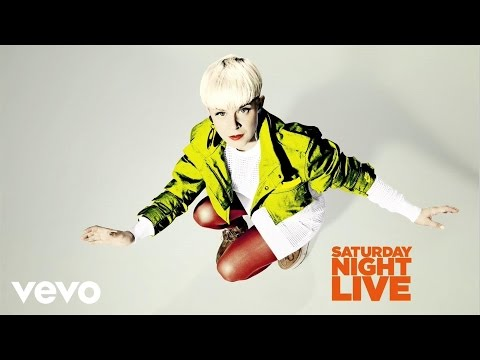 Robyn - Call Your Girlfriend (Live on SNL) Music Videos